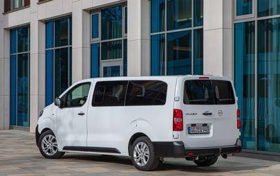 New Opel Vivaro Combi: Travel in Style