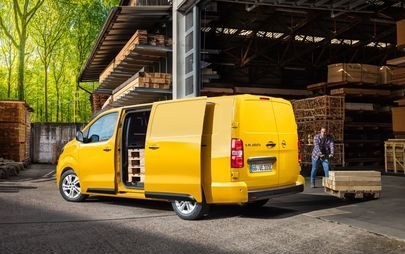Time to Go Electric: New Opel Vivaro-e on Sale Now in Germany from €26,650 with Environmental Bonus