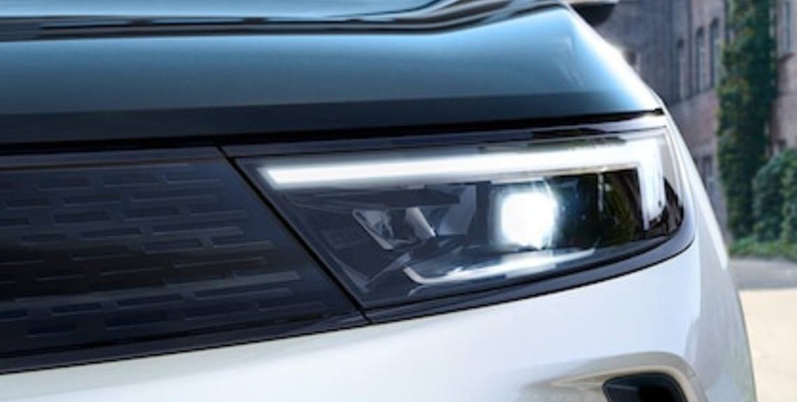 LED® MATRIX HEADLIGHTS