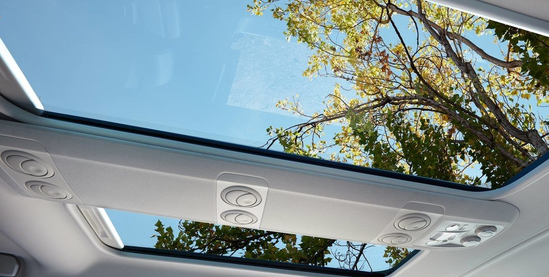PANORAMIC GLASS ROOF